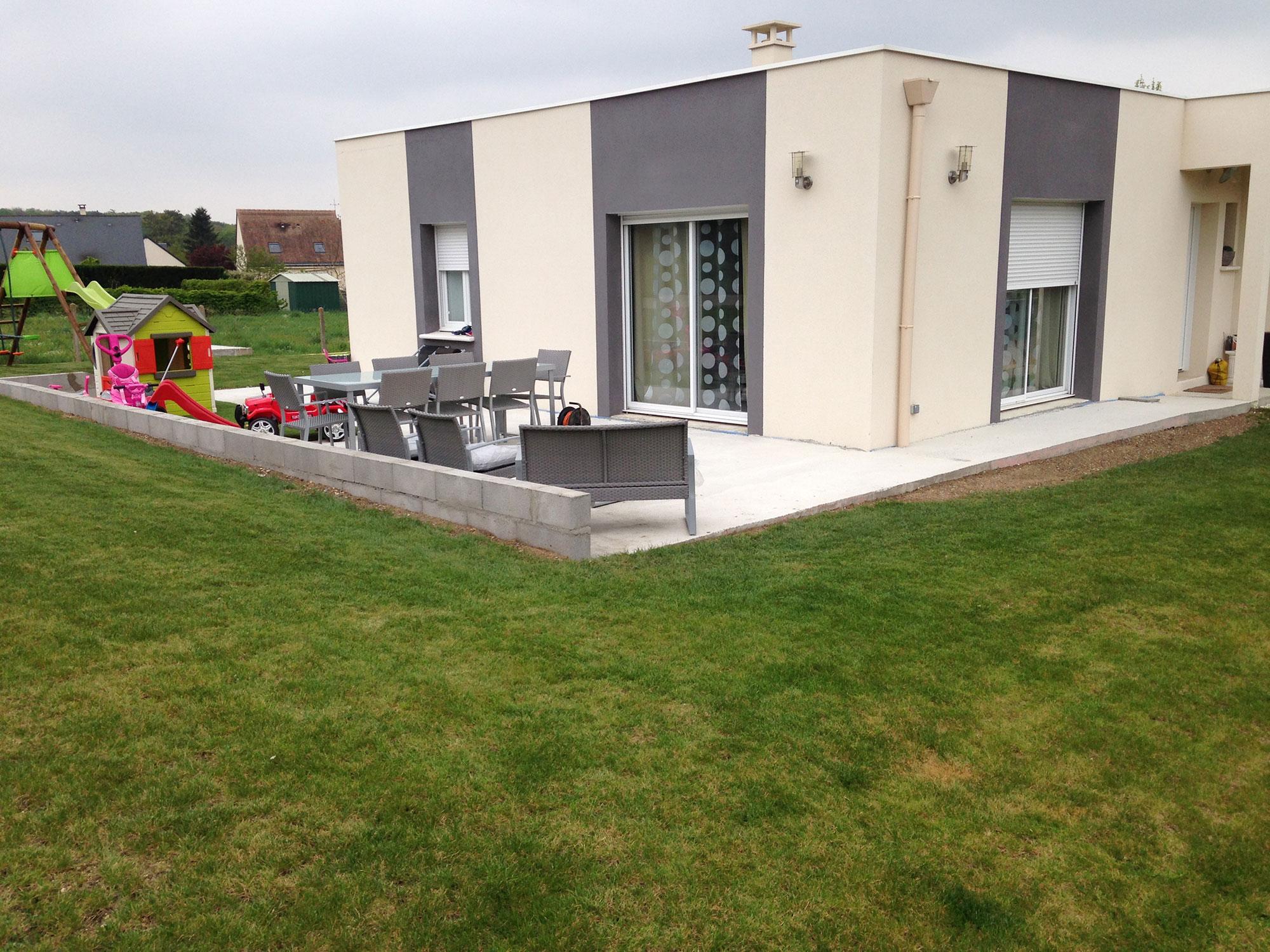 terrasse-beton-et-muret